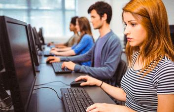 Curso de Informática para educação continuada de professores